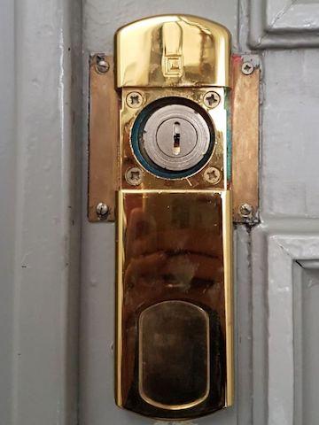cache cylindre magnétique déverrouillé
